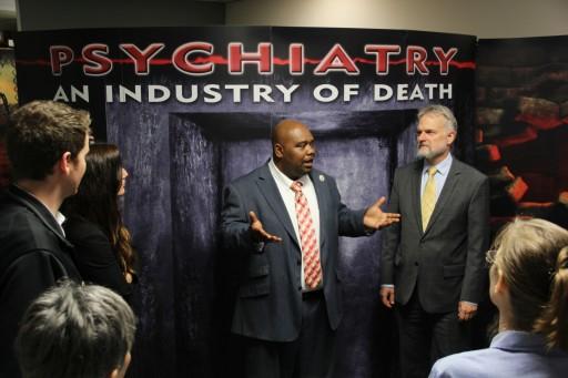 Nashville Exhibition Exposes Dangers of Psychiatric Treatments