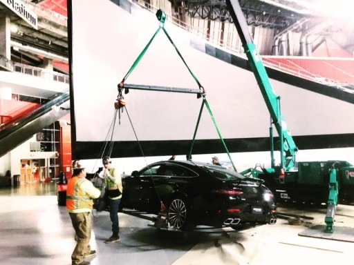 Superior Rigging & Erecting Co. Uses Mini Crawler Crane to Update Displays at Mercedes-Benz Stadium