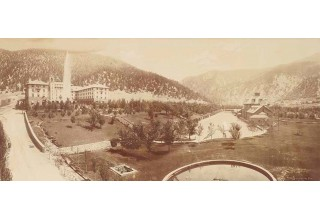 Historic depiction of Glenwood Springs, including Glenwood Hot Springs and Hotel Colorado