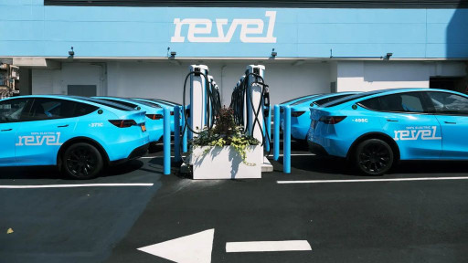 EvGateway and Ampcontrol Join Forces to Provide Revel With Innovative Smart Charging Software
