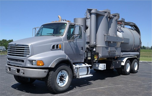 Khemsoft Offers Vacuum Truck Services in Kentucky for Industrial Cleanup