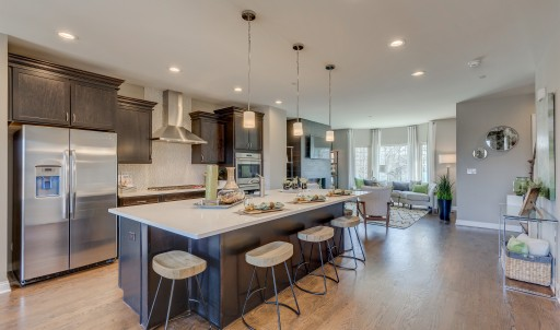 Parkside of Libertyville Offers an  Urban Lifestyle With Suburban Conveniences