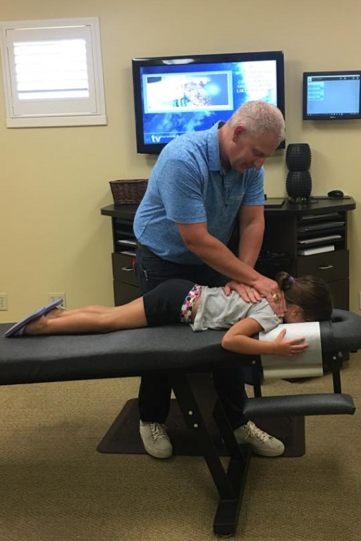Tulsa Chiropractor Puts People Back Together