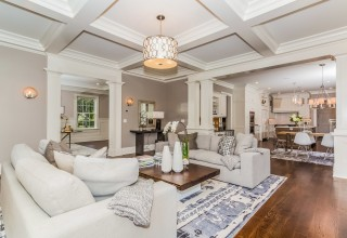 Casual Luxury home staging by Mar Jennings