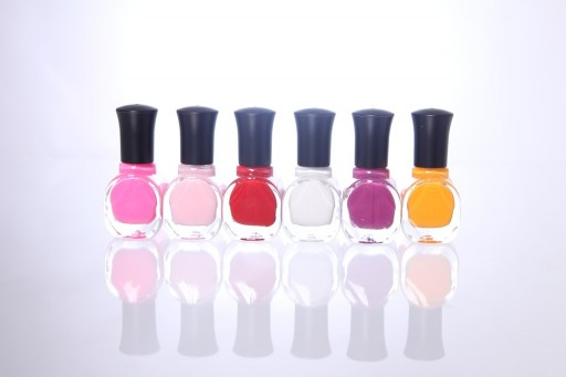 Enter a World of Bulk Gel Nail Polish at Gel-Nails.com