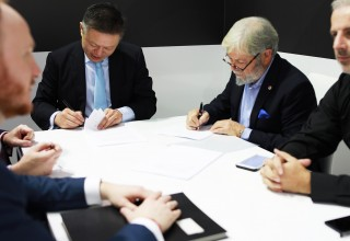 Signing of Historic Three-way Agreement among BEGO, XYZprinting and Nexa3D