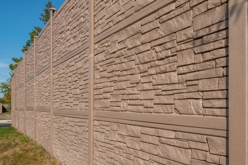 Fence Manufacturer Helps IDOT Reduce Noise Barrier Project Costs
