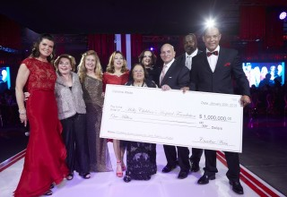 $1 Million Donation from Caroline and Alitza Weiss Creates First-Ever Endowment for Holtz Children's Hospital