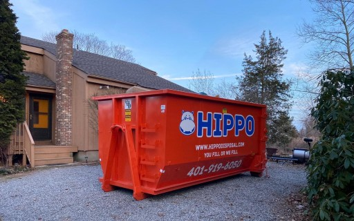 Get Rid of Clutter Buildup With Hippo Dumpster Rental