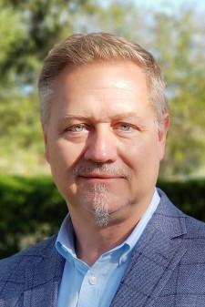 """Jim """"Skup"""" Skupien - Vela Director of Sales"""