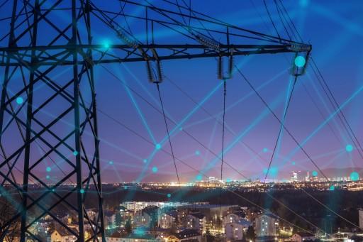 Neutrino Energy: Centralized vs. Decentralized Power