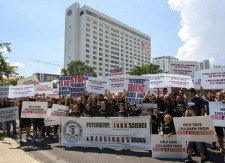 Citizens Commission on Human Rights protests Florida Psychiatric Society annual meeting