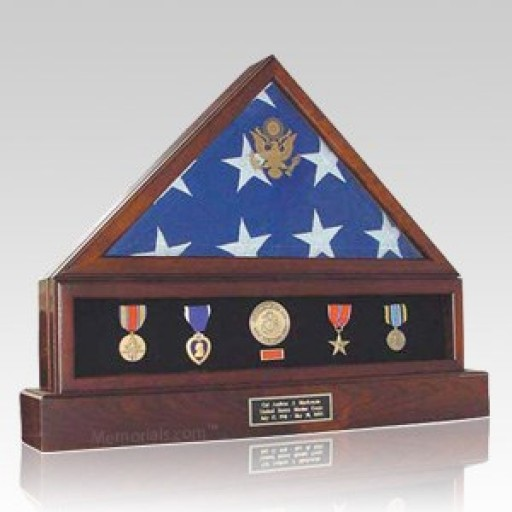 Memorials.com Offers Veteran Flag Cases to Honor the Memories of Fallen Heroes of America