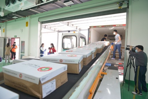 Chinese Huaren Group Donated 6,000 Kg of Australian Lamb, Conveying Greetings to the Front Line Workers Fighting Against Covid 19