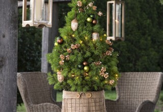 Winter Woods Tabletop Christmas Tree