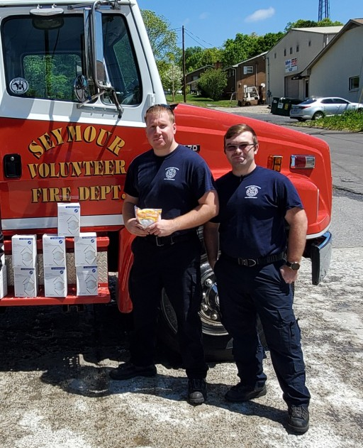 Redi Shade Donates Masks to Knoxville Hospitals & Volunteer Fire Departments