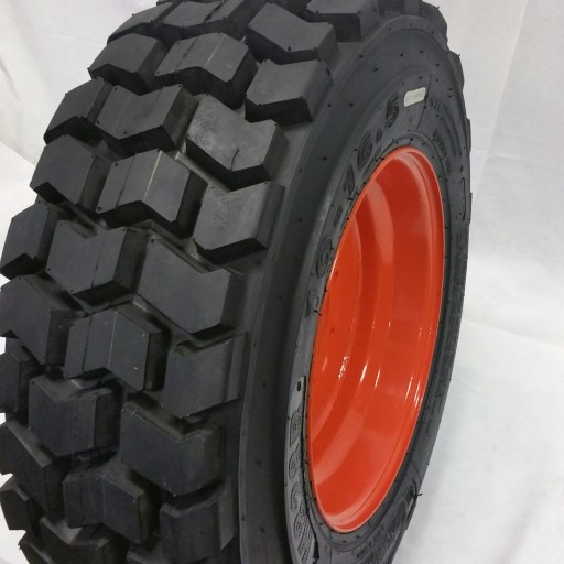 Road Warrior Tires Announces Production of Skid Steer Tires for Bobcat With Deep Tread Patterns