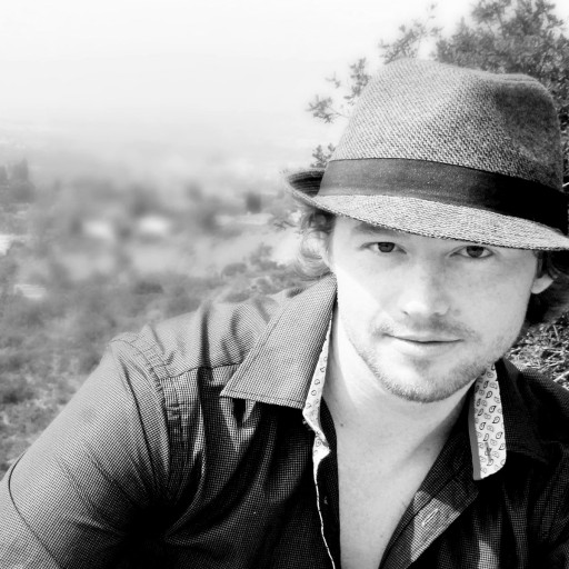 Indie Artist Dru Ross Breaks at Mainstream Radio
