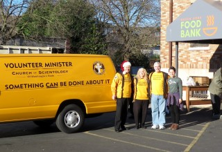 Scientology Volunteer Ministers at the Queen Anne Food Bank