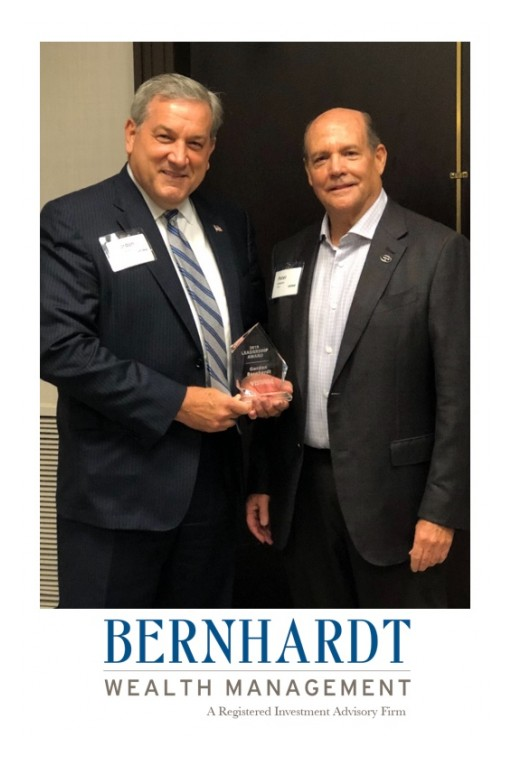 Gordon J. Bernhardt Awarded 2019 Vistage Lifetime Achievement Award