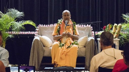 Visiting Indian Swami Shared the Secrets to Happiness at a Special Event Hosted by Science of Identity Foundation