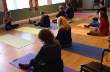 CEU seminar for social workers, nurses and healthcare professionals on benefits of yoga for seniors