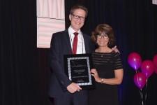 Wolfgang Struensee Accepts Global Leadership Growth Award