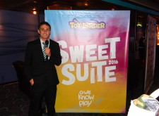 Talented People TV Host Evan Smith Introduces Sweet Suite Blogger Bash