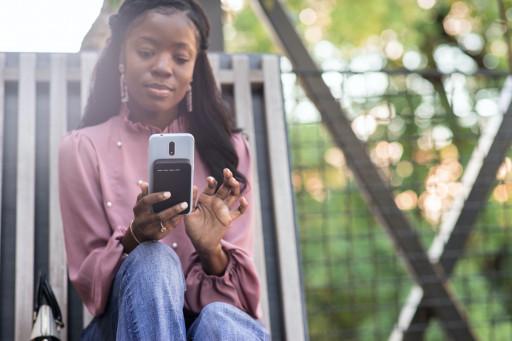 Tevolt Clicks Extra Wireless Power Onto Phones