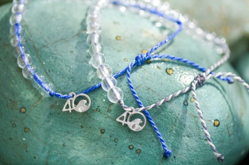 Razny Jewelers Offers 4Ocean Bracelets to Customers in Chicagoland and Beyond