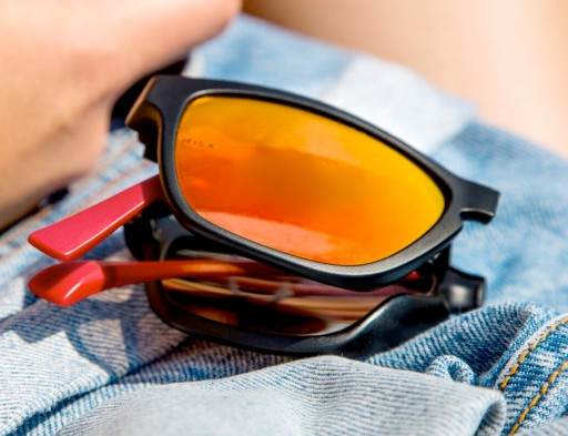 Automatically Unfolding Sunglasses Now Live on Kickstarter