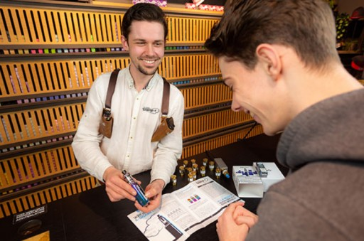 E-Cigarette Shopping Platform, Damp-e, Officially Adds Vaporizer to Product Assortment