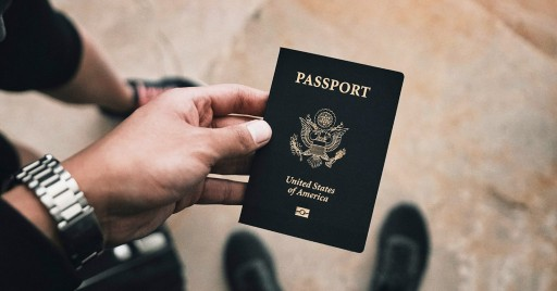 US Embassies Struggle With Record Number of Americans Giving Up Citizenship