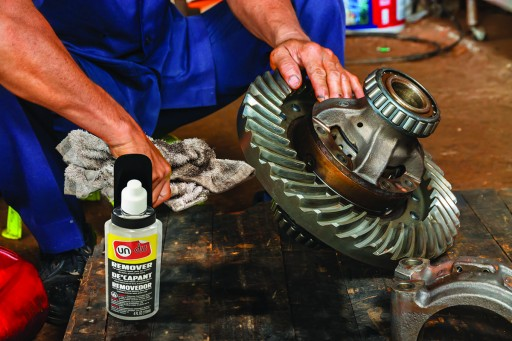 Un-Du® Remover for Oil Clean Up, Spot Degreasing, General Clean Up for Machine Equipment, Bearings, Conveyors