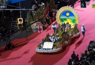 The Way to Happiness Hollywood Christmas Parade Float on the Red Carpet
