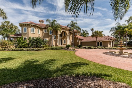 $2.295 Million Waterfront Estate is Most Expensive Sale in Crystal River in the Last Five Years