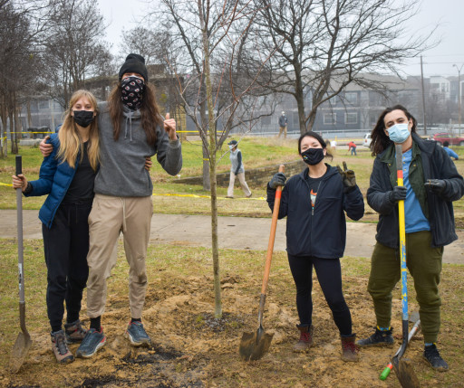 Texas Trees Foundation and Atmos Energy Celebrate 100 Newly Planted Trees