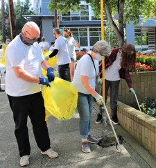 Volunteers from the Seattle Church of Scientology participate in a cleanup. The Church has been active in local environmental projects for 30 years.