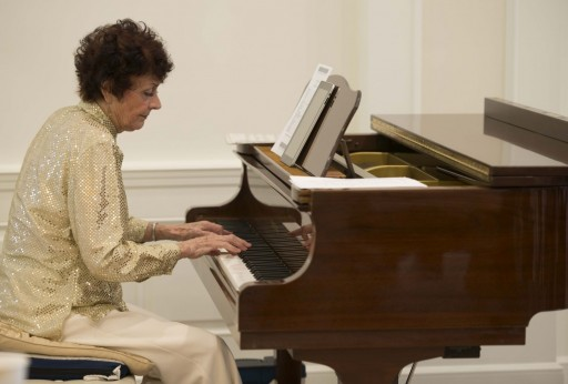 Piano Virtuoso Performs Brings Happiness at Scientology Information Center