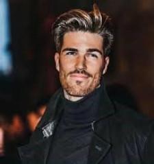 Alexander Denning Model and Social Media Influencer