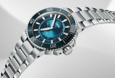 Oris Releases Great Barrier Reef Limited Edition III Watch to Promote Ocean Health