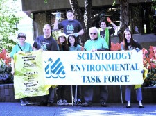 Volunteers from the Church of Scientology Seattle