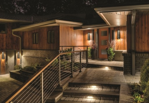 Outdoor Lighting Tips for a Brighter Holiday Home