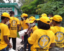 Nurses trained as Scientology Volunteer Ministers in Les Cayes