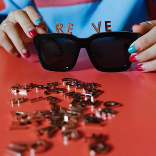 REVÉ by RENÉ Launches Innovative Eyewear Collection With Interchangeable Elements