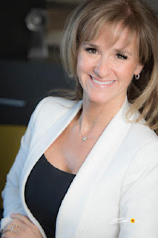 Dr. Michele Bernatchez Wins the 2020 Three Best Rated® Award for One of the Best Chiropractors in Laval, QC