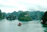 Cruising on Halong Bay - Halong Bay Tours and Cruises