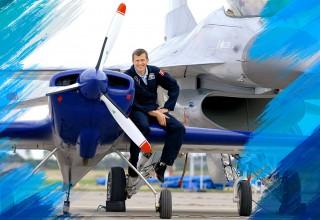 Award-winning stunt pilot Lars Najbjerg