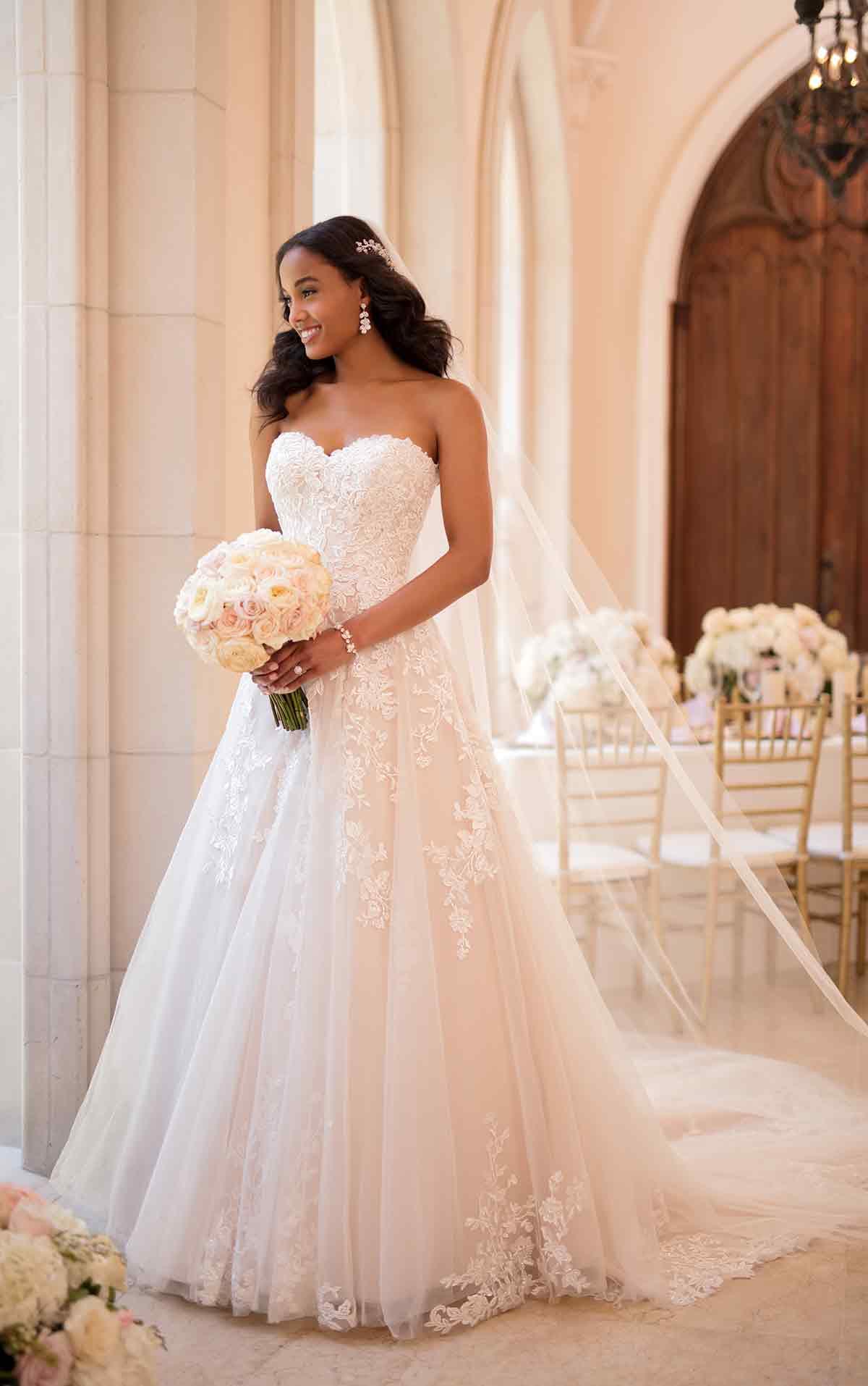 7faa960a46a2 Affordable Wedding Dress Designer Stella York Reveals New Spring ...