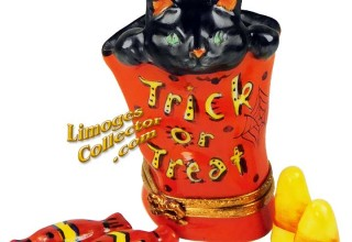 Black Cat in Trick or Treat Bag Limoges box by Beauchamp Limoges
